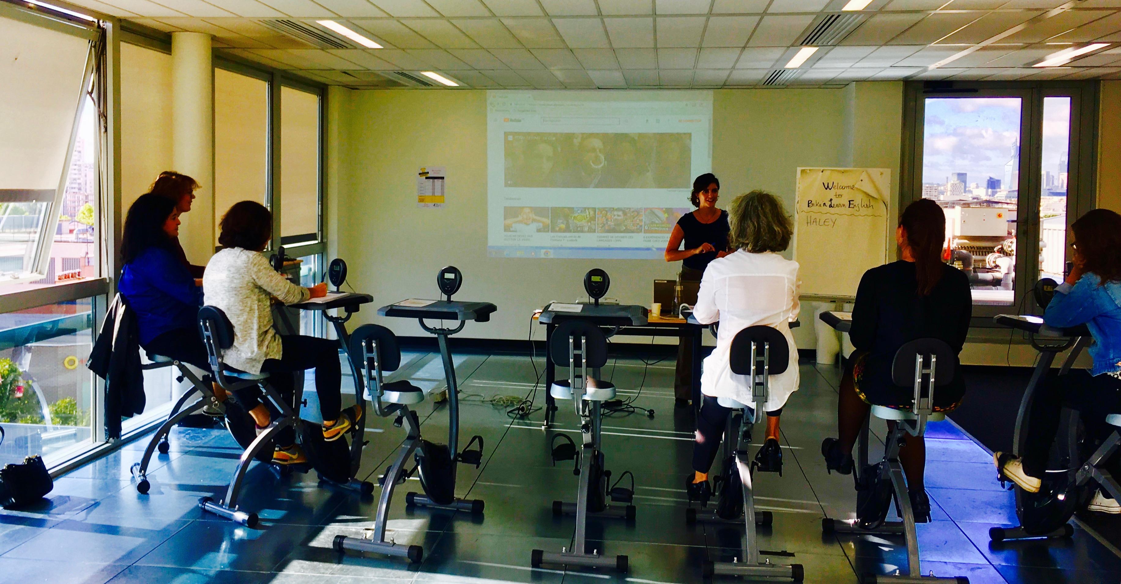 Bike'n learn English at Etam